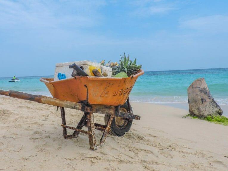 Things to do in Cartagena, Playa Blanca