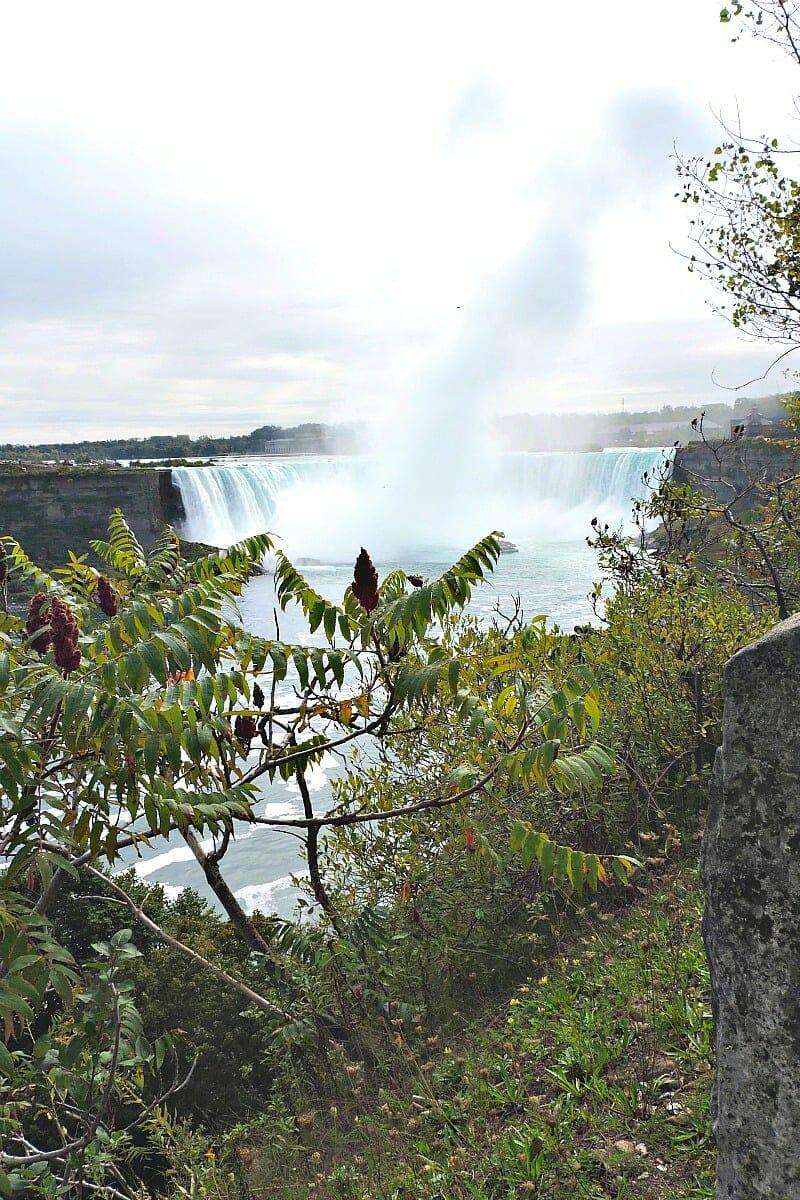 Niagara Falls, Horsehoe Falls, Toronto - Tinggly Experiences