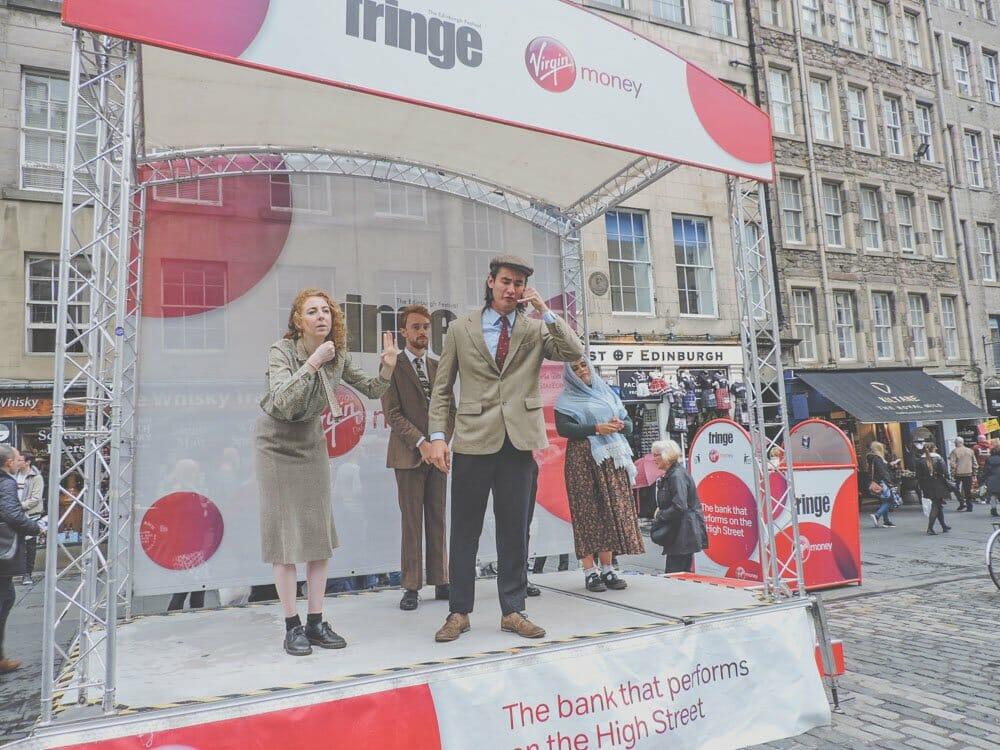 Edinburgh Festival Fringe Guide Street Performers