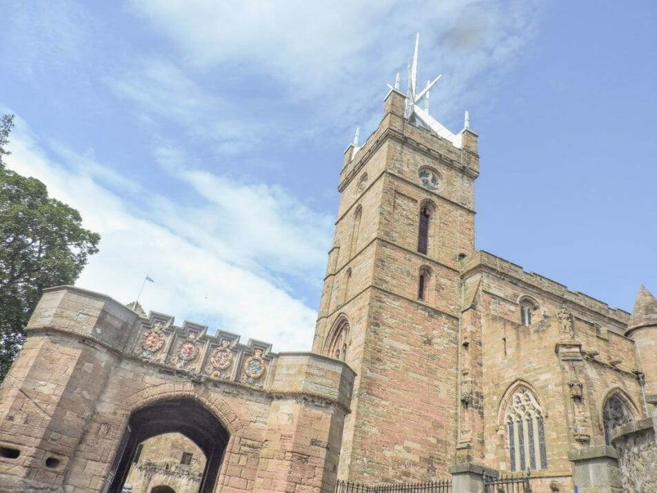 Linlithgow Palace Outlaw King Bruce Castle Chapel