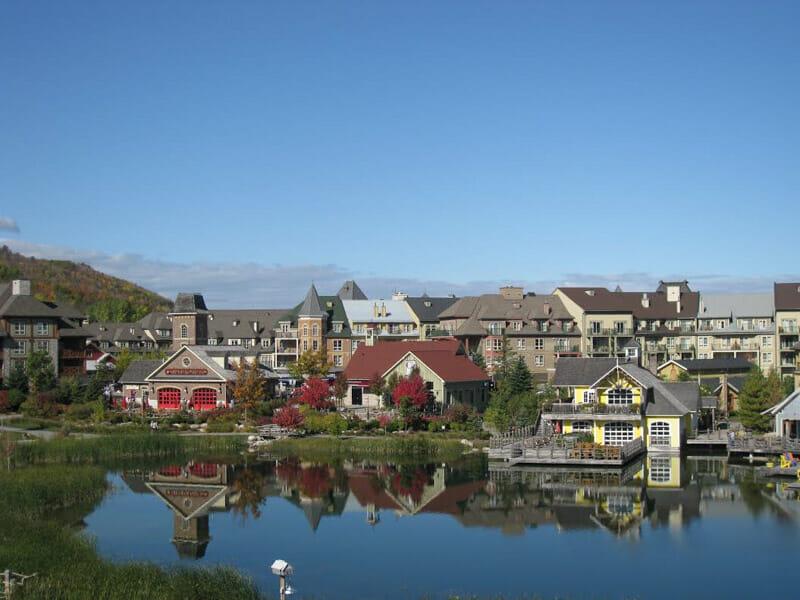 Blue Mountain Canada, houses, lake