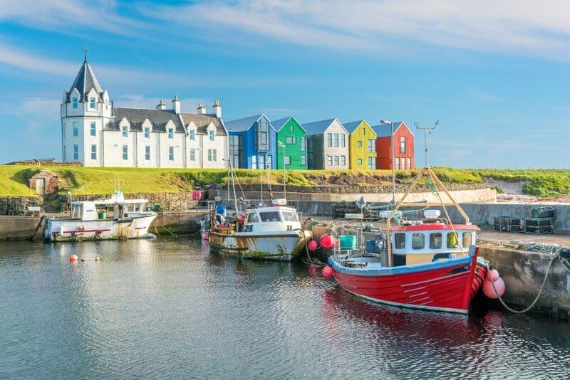 John o Groats colorful houses, boats, sea