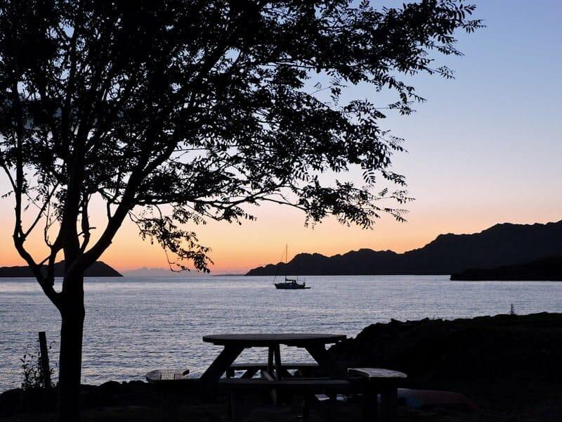 Sunset, boat, Sheildaig, Scotland, tree, bench, see