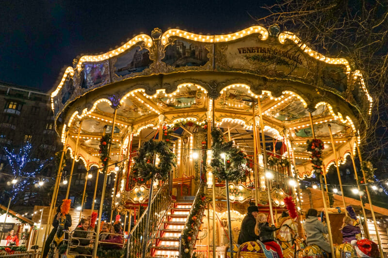 Fariground ride with lights at Edinburgh Christmas Market