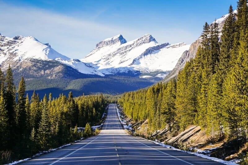 Icelands Parkway Rockies Canada