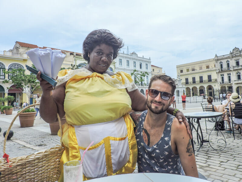 Nut Sellers Havana
