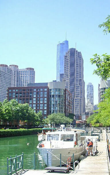 Chicago River Boat Tour