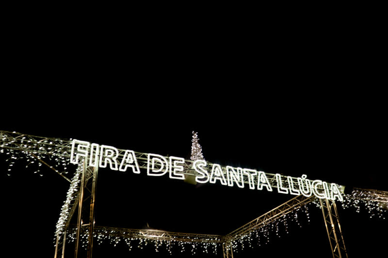 Fira de santa llucia Barcelona market_