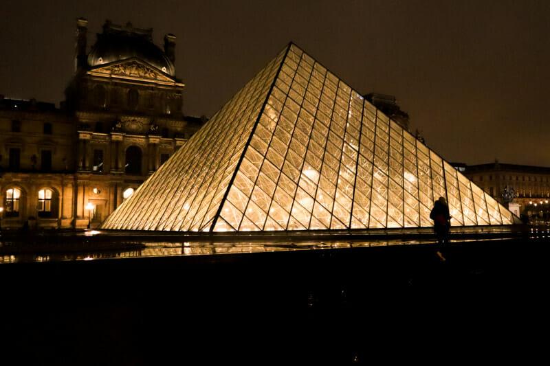 Night Louvre