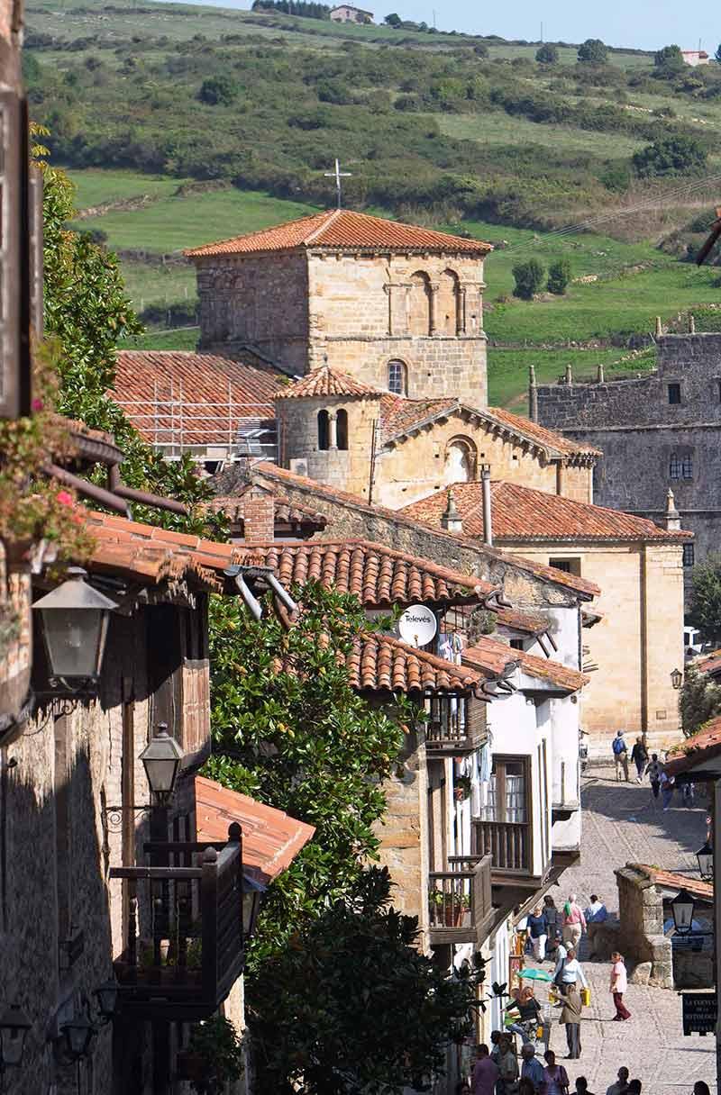Santillana-street
