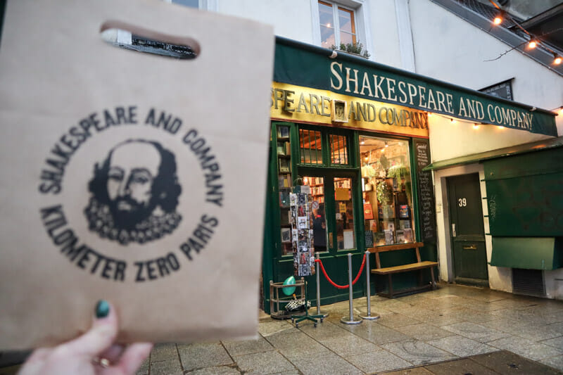 Shakespeare and Co Bookshop Paris_
