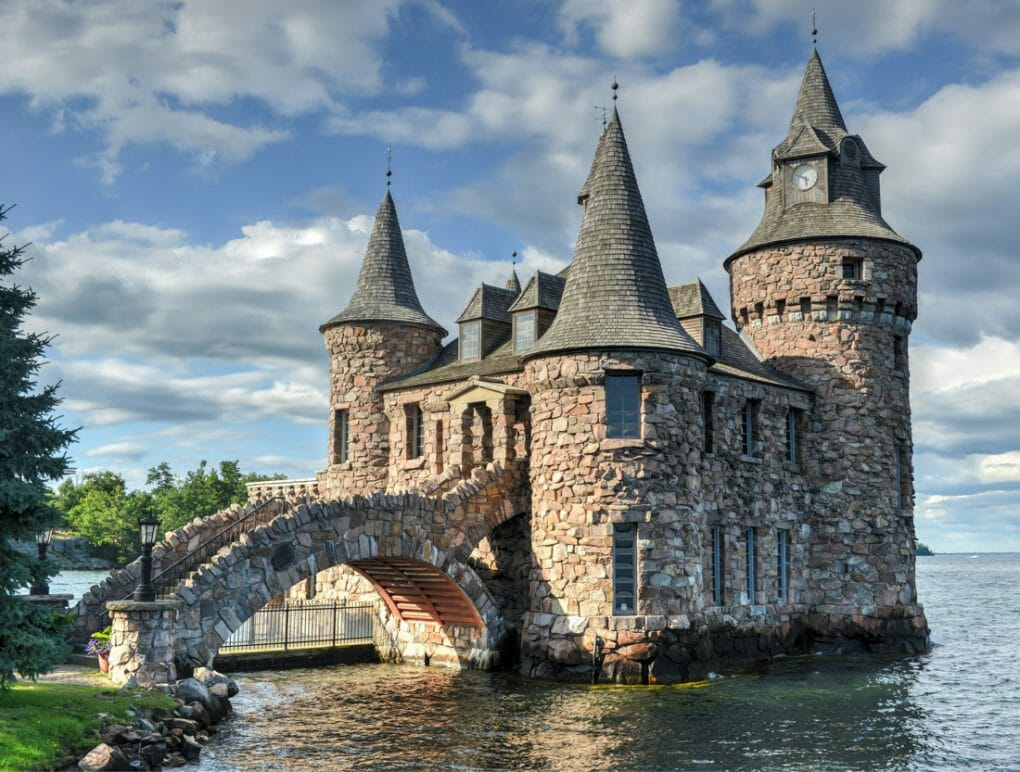 New York Boldt Castle on the water