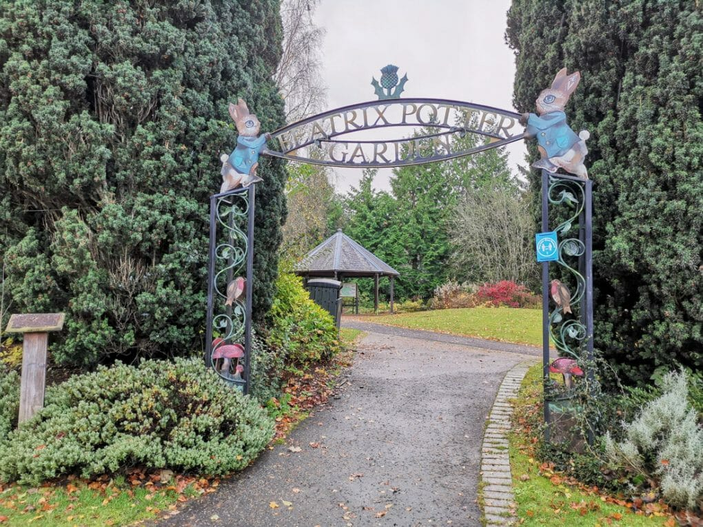 Beatrice Potter Gardens Dunkled Scotland_