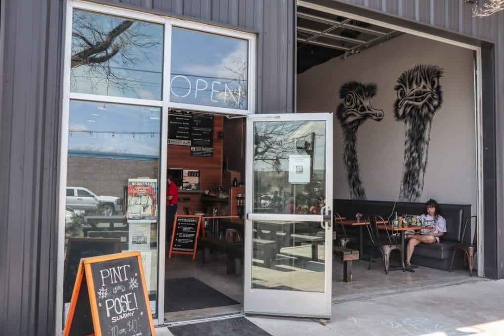Pint Pose Bar Cafe Kerrville Texas