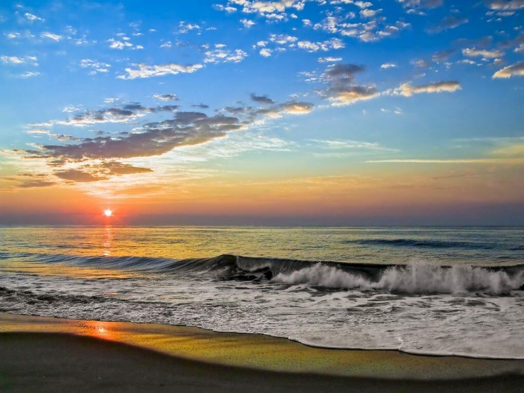 Fenwick Island Sunrise. Depositphotos_65915897_l-2015