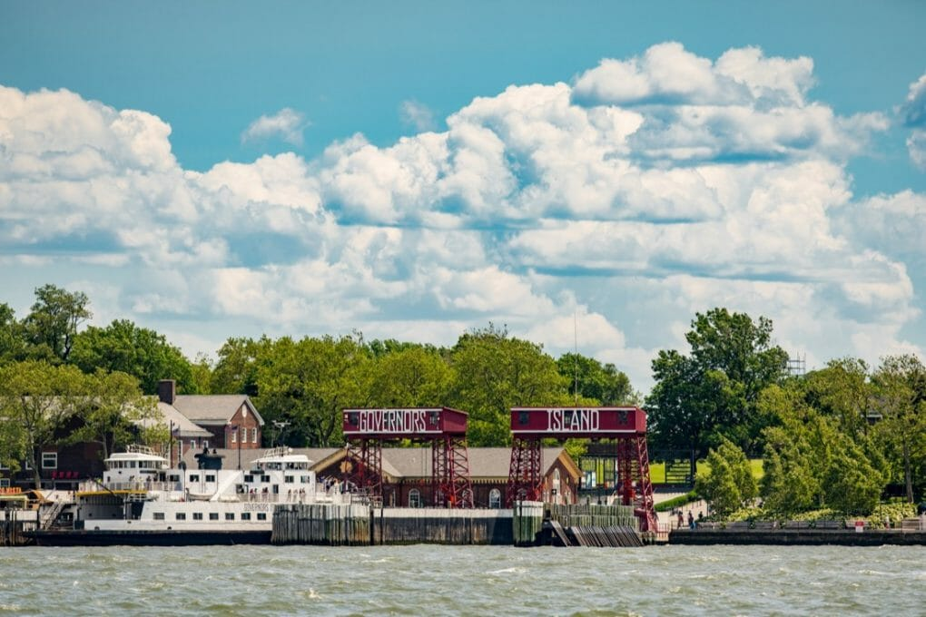 Historic Governors Island New York City. Depositphotos_279326466_l-2015
