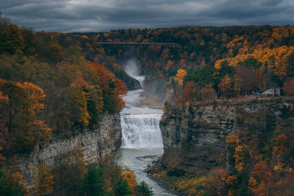 Autumn view of the Genesee River and Middle Falls from Inspiration Point, in Letchworth State Park, New York.482000070.l.2015